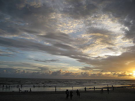 Kashid Beach by Daniel David Talegaonkar