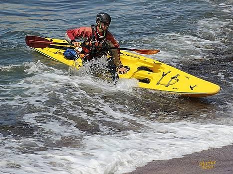 Gary Canant - Kayak making a good landing