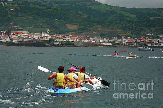 Gaspar Avila - Kayaking in Azores