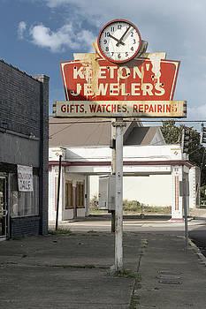 Sharon Popek - Keetons Jewelers