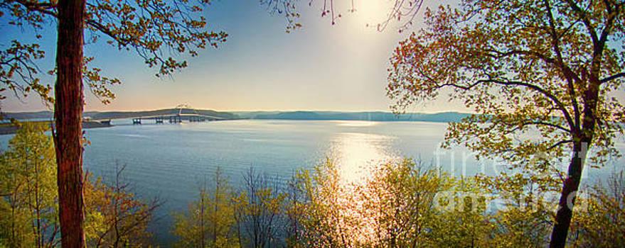 Kentucky Lake by Ricky L Jones