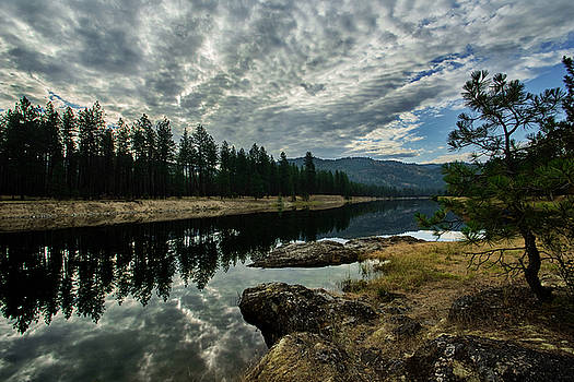 Kettle River at Barstow by Loni Collins