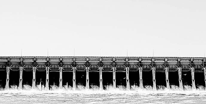Keystone Dam Panoramic by Corey Haynes