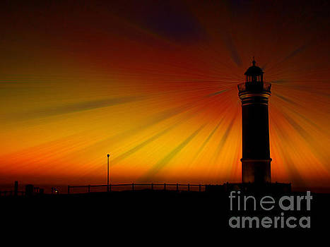 Kiama lighthouse by Trena Mara