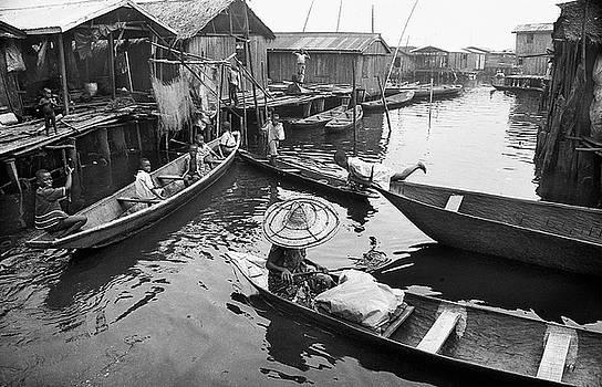 Muyiwa OSIFUYE - Waterways and canoes