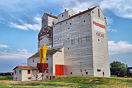 Kincaid Grain Elevator by Blair Wainman
