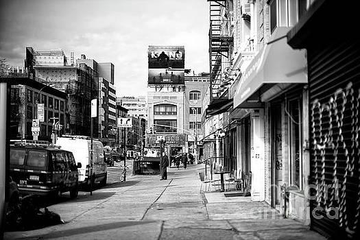 John Rizzuto - King Kong in the Bowery