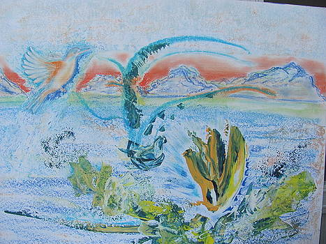 Kingfisher In Lake by Vlado Katkic