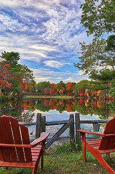Kingsbury Pond in Medfield Massachusetts by Juergen Roth