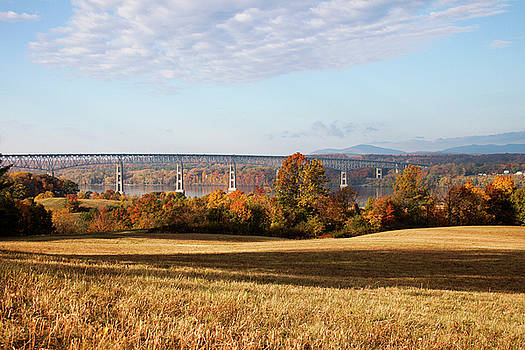 Kingston - Rhinecliff in Autumn by Jeff Severson