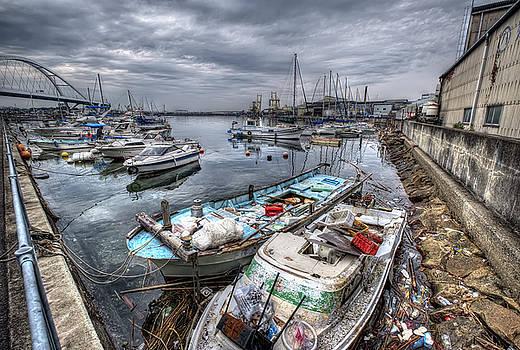 Kishiwada Waterfront by Wayne Sherriff