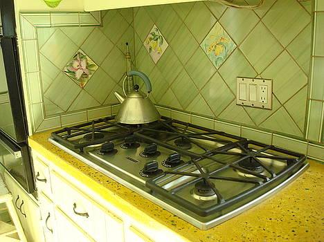 Kitchen backsplash by Robin Miklatek