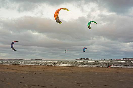 Toby McGuire - Kitesurfing on Revere Beach