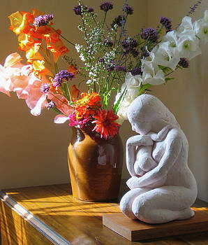 Kneeling Mother and Child by Deborah Dendler