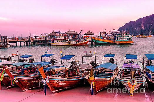 Koh Phi Phi Thailand by Thomas Levine