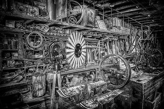Susan Rissi Tregoning - Kregel Windmill Factory in Black and White