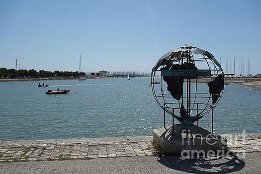 La Rochelle by C Lythgo
