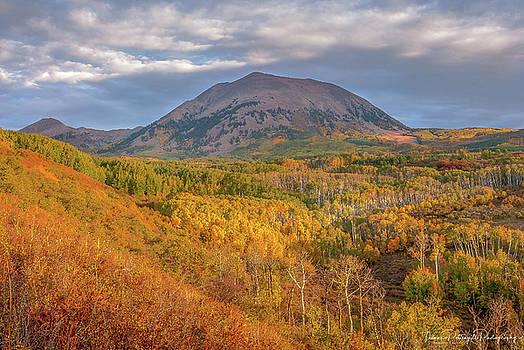 La Sal Mountain Colors by Thomas Pettengill