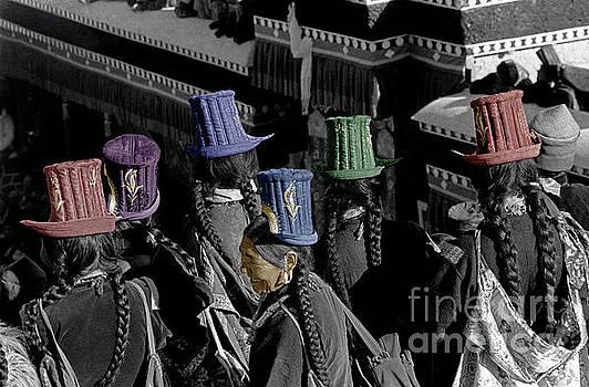 Craig Lovell - Ladakhi woman and their hats - India