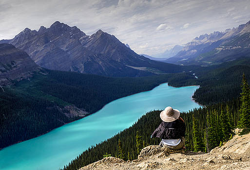 Dave DeBaeremaeker - Lady At Peyto Lake
