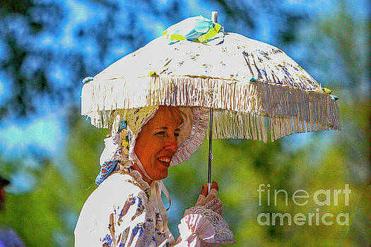 Lady With Umbrella 6537AT by Doug Berry