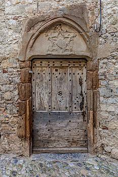 W Chris Fooshee - Lagrasse Door Number 3