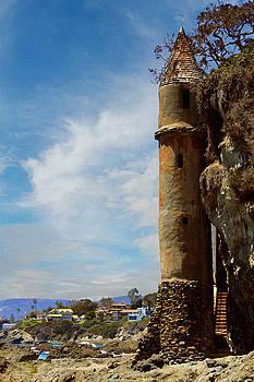 Glenn McCarthy Art and Photography - Laguna Beach Tower