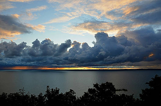 Lake Effect Sky by SimplyCMB