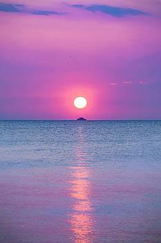 Lake Erie by Greg Grupenhof