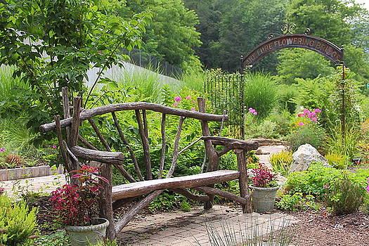 Allen Nice-Webb - Lake Lure Flowering Bridge Bench