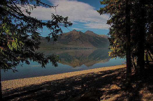 Lake McDonald view by Roy Nierdieck