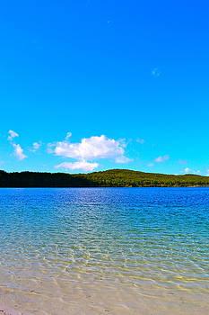 Lake Mckenzie by Naturae Sua