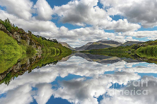 Adrian Evans - Lake Padarn Snowdonia