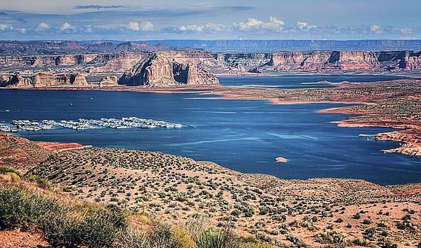 Nikolyn McDonald - Lake Powell - Glen Canyon National Recreation Area