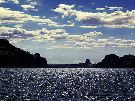 Lake Powell I by Aurica Voss