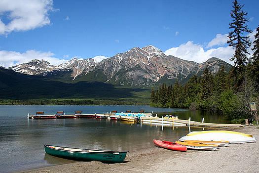 Lake PyramidLA9712 by Mary Gaines