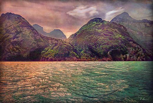 Lake Uri and its Foehn by Hanny Heim