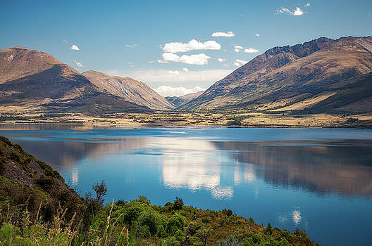 Lake Wakatipu's calm waters, New Zealand by Daniela Constantinescu