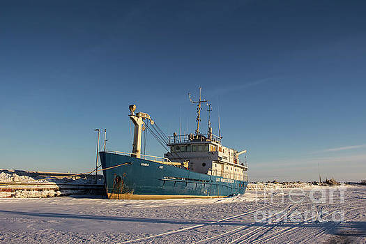 Lake Winnipeg Research Ship by Francis Lavigne-Theriault