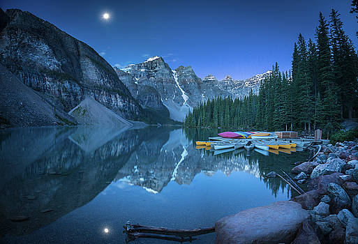 Lake with moon at Four AM by William Freebillyphotography