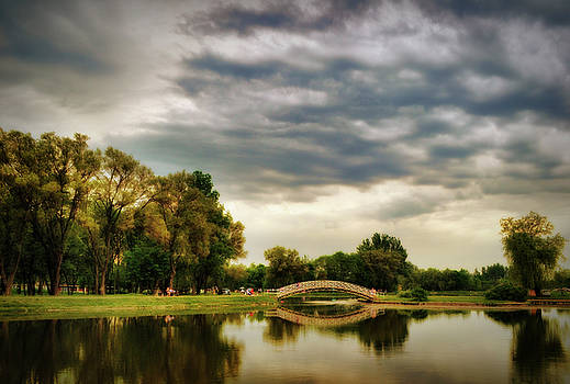 Lakeside 2 by Peter Fodor