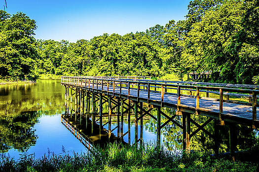 Lakeside Reflections - Great River Road State Park by Barry Jones