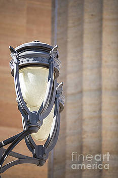 Lamppost at the Philadelphia Art Museum by Leslie Banks