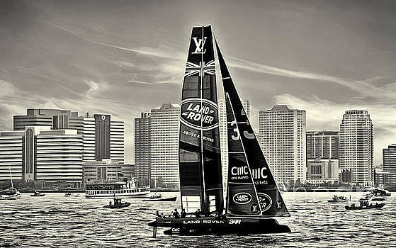 Land Rover Boat America's Cup New York 1 Black and White by Nishanth Gopinathan