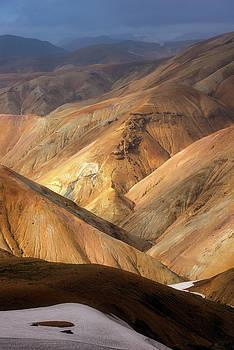 Landmannalaugar by Tor-Ivar Naess