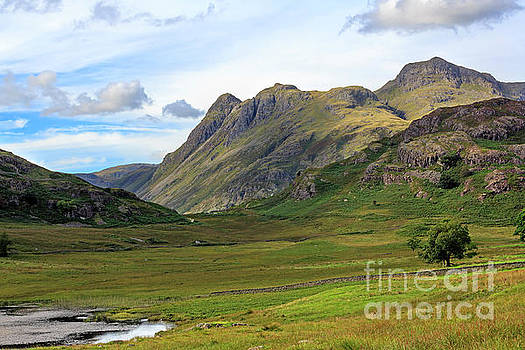 Langdale Pikes from Blea Tarn in the Lake District by Louise Heusinkveld