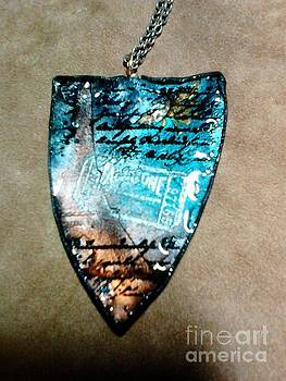 Large pendant 5 front by M Brandl