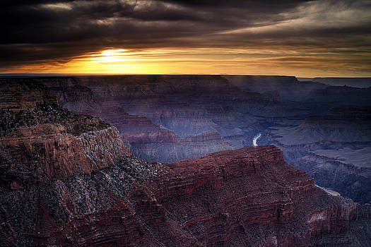 Last Light at the Canyon by Andrew Soundarajan