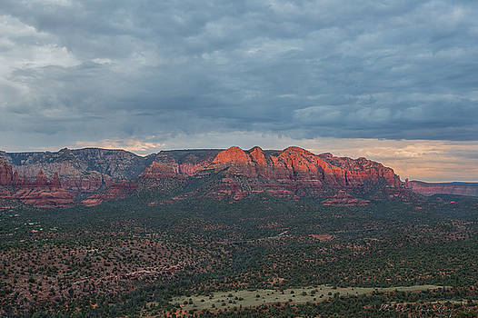 Last Sedona Light by Bill Cantey