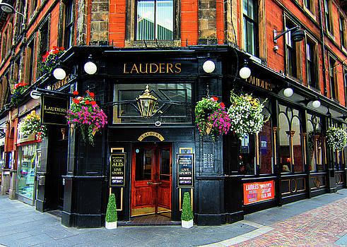 Lauders Pub Iverness Scotland by Tom Prendergast